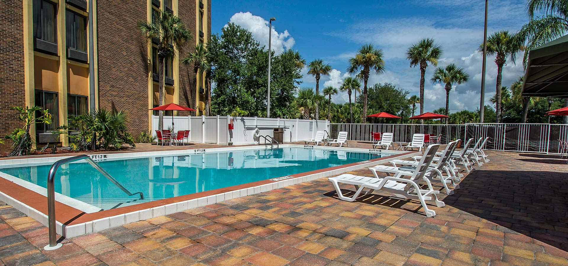 Comfort Inn Maingate Kissimmee Pool Area